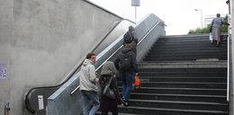 Napraw schody przy rondzie!