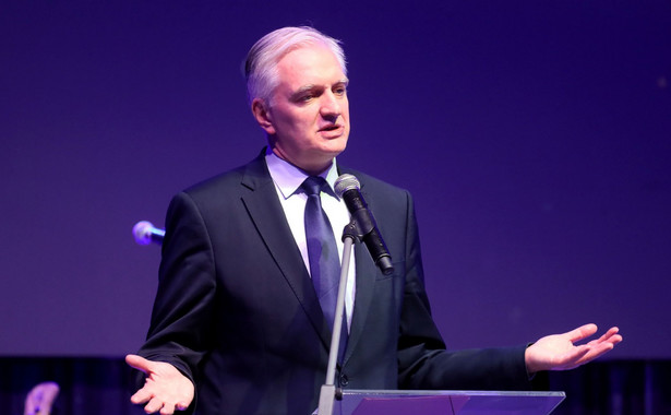 Wicepremier Jarosław Gowin twierdzi, że ograniczanie kadencji samorządowców jest sprzeczne z konstytucją