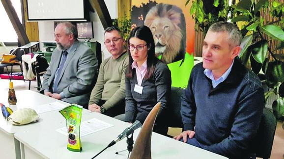 povodom Dana divljih vrsta životinja na Paliću u Zoo-vrtu su stručnjaci održali predavanje
