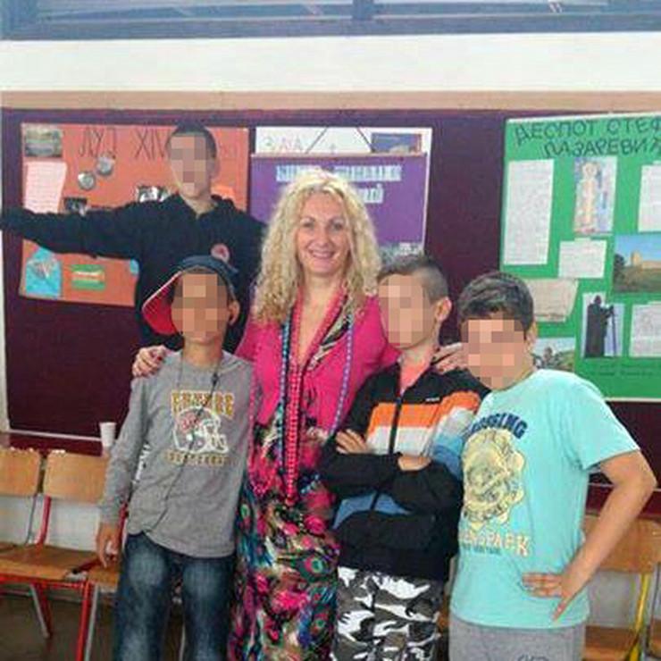 sakira nastavnica foto privatna arhiva