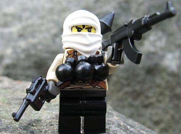 W święta dzieci zabawią się w terrorsytę