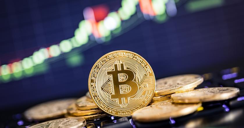 Kurs bitcoina gwałtownie spadł po informacji, że Rosja chce zakazać platform do handlu kryptowalutami
