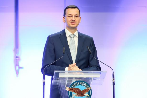 """Morawiecki zwrócił zarazem uwagę, że nie było dotąd jednoznacznego sygnału ze strony agencji Moody's, jaką zamierza podjąć decyzję w sprawie ratingu Polski. """"Chciałbym, byśmy byli traktowani poważnie przez agencje ratingowe"""" - powiedział."""