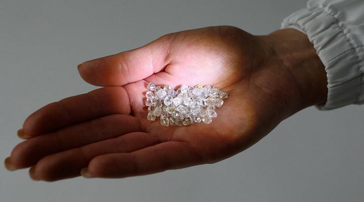 646668_dijamant-sergej-karpukin-rojters