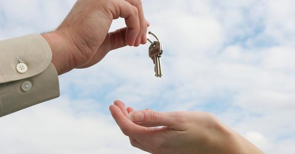Najbolje je ostaviti ključ kod komšije