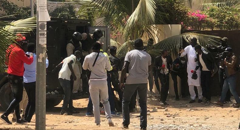 Violents affrontements entre manifestants pro-Sonko et forces de l'ordre
