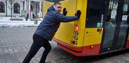 Pchałem autobus w Warszawie, teraz szukam mieszkania!