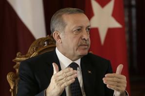 Turska bi mogla SVAKOG ČASA da započne novu vojnu operaciju u Siriji: Erdogan dobio amin od Trampa