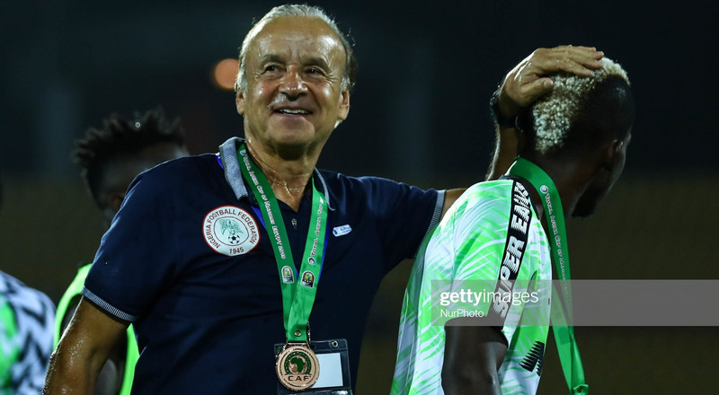 NFF boss Pinnick says Gernot Rohr must show commitment to the NPFL to get a new contract