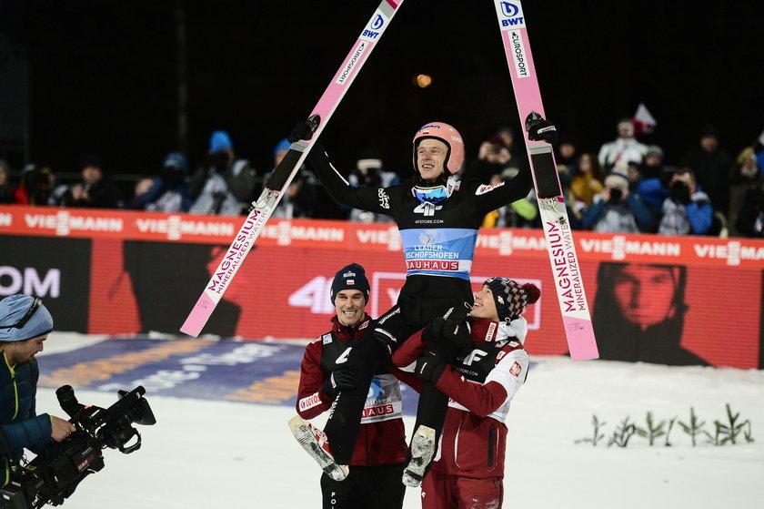Dawid Kubacki, jako trzeci Polak po Adamie Małyszu i Kamilu Stochu, wygrał prestiżowy Turniej Czterech Skoczni
