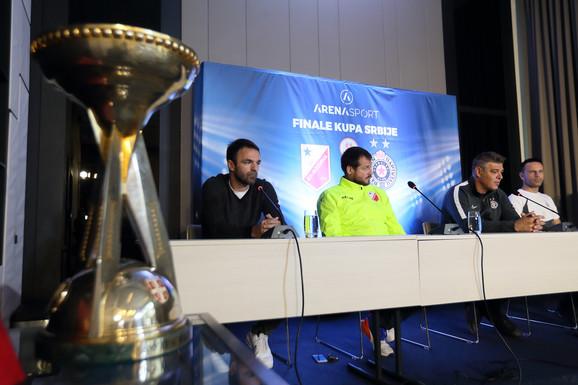 Detalj sa konferencije za štampu pred finale Kupa Srbije u fudbalu 2020.