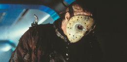 Straszył nosząc maskę. Teraz do niej namawia!