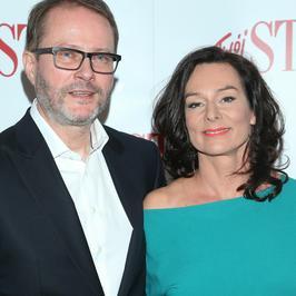 Artur Żmijewski z żoną na czerwonym dywanie. Para rzadko pokazuje się razem