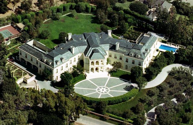 Vila koju je Barni Eklston kupio svojoj ćerki Petri