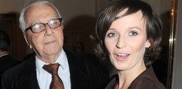 88-letni aktor dumny z debiutu 28-letniej żony. W roli...
