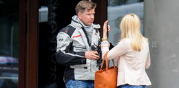 Chajzer z piękną blondynką na motocyklu za 54 tys. zł!