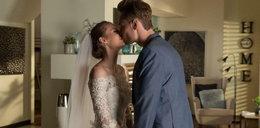 """Ślub w """"Barwach szczęścia"""". Nieoczekiwany gest nowożeńców"""