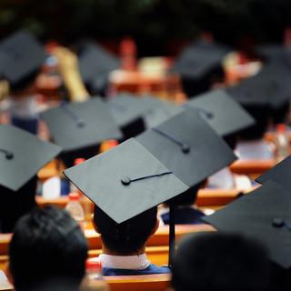 Zdążyć przed Gowinem. Lawina wniosków o nadanie stopnia doktora habilitowanego i tytułu profesora