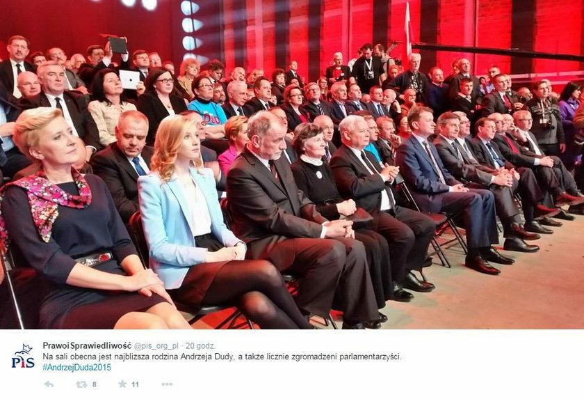 Andrzej Duda pokazał żonę żonę i córkę