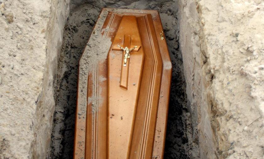 Zamienili zwłoki przed pogrzebem w Lublinie. Kto zawinił?