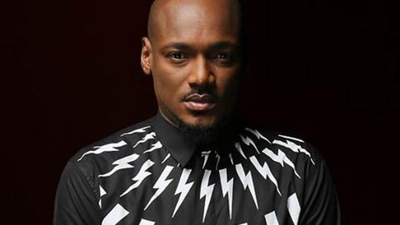 2Face Idibia Shades Nigeria Government As He Lands At Ghanas