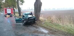 Śmierć na śliskiej drodze. Zginęły dwie osoby