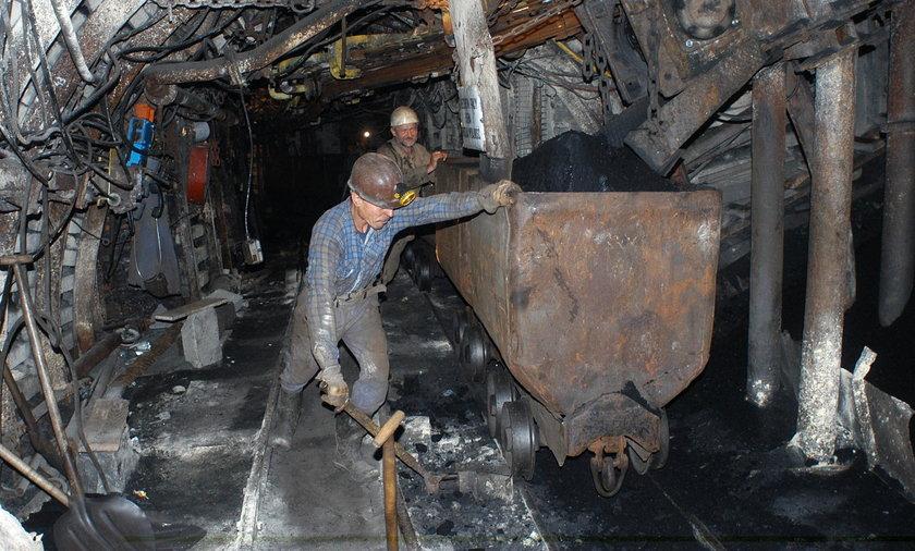 Górnicy harują na urzędników!