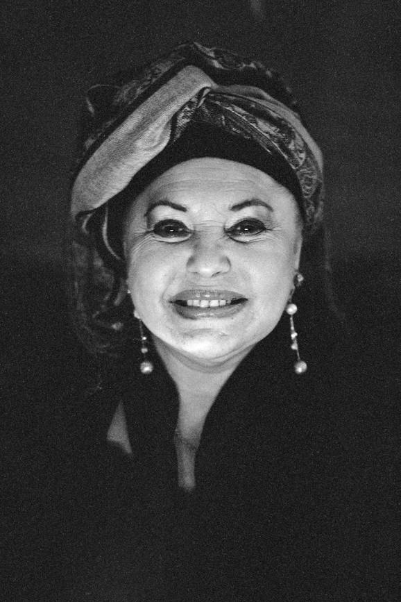 Esma Redžepova