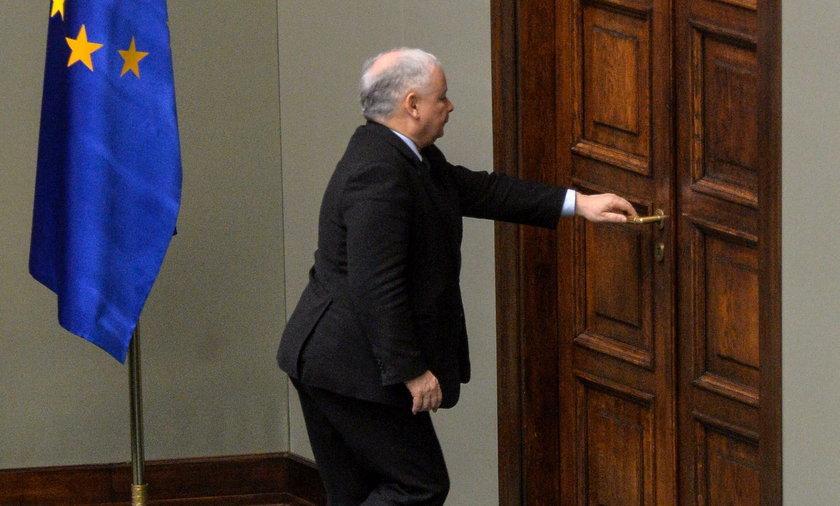 Uczcili Wajdę. Kaczyński wyszedł z sali