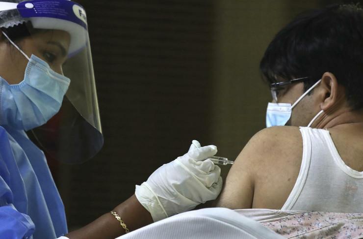 emirati vakcina 20210208 ap kamran jebreili dubai Di021816562 preview