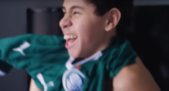 Nikolas Greko - radostan kada obuče dres voljenog kluba i pođe na stadion