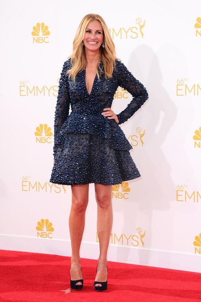 Glumica na crvenom tepihu: Džulija Roberts  na dodeli Emi nagrada 2014. u Los Anđelesu