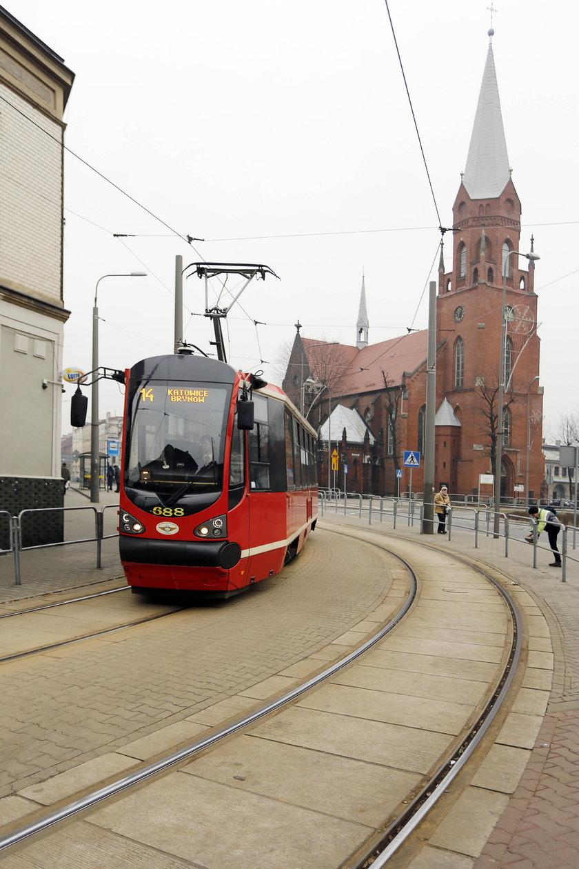 Katowice. Odnowiony odcinek torowiska przy Obrońców Westerplatte