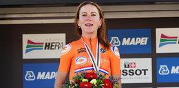 Triumf reprezentantek Holandii w wyścigu o mistrzostwo świata w kolarstwie. Zdobyła medal ze złamaną ręką