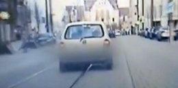 Agresywny kierowca odgryzł policjantowi palec. Jest nagranie z pościgu