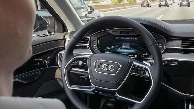 Audi A8 nowej generacji jedzie samodzielnie na niemieckiej autostradzie