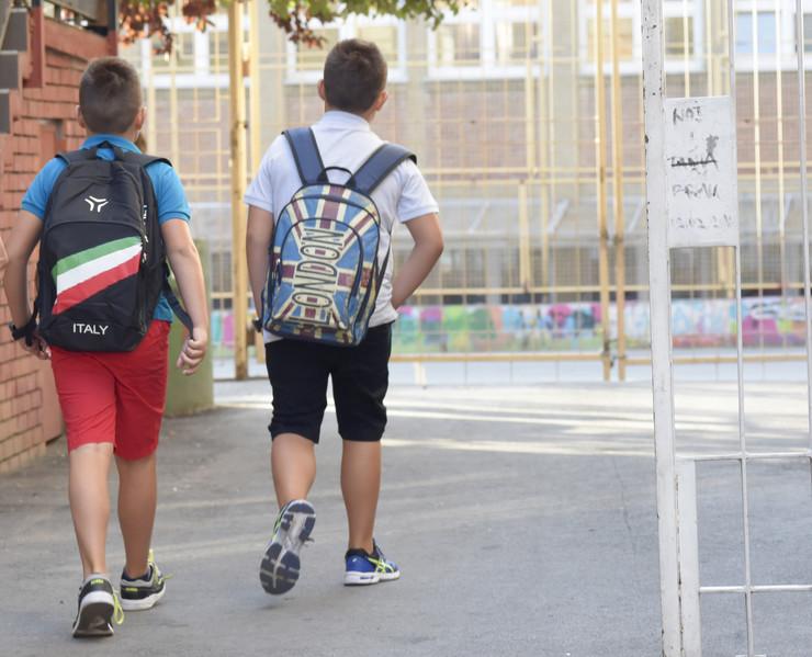 bezanje skolska torba_140917_foto Dusan Milenkovic 0074