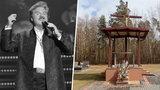 Pogrzeb Krzysztofa Krawczyka. Artysta spocznie niedaleko domu w Grotnikach. Ma tam powstać mauzoleum