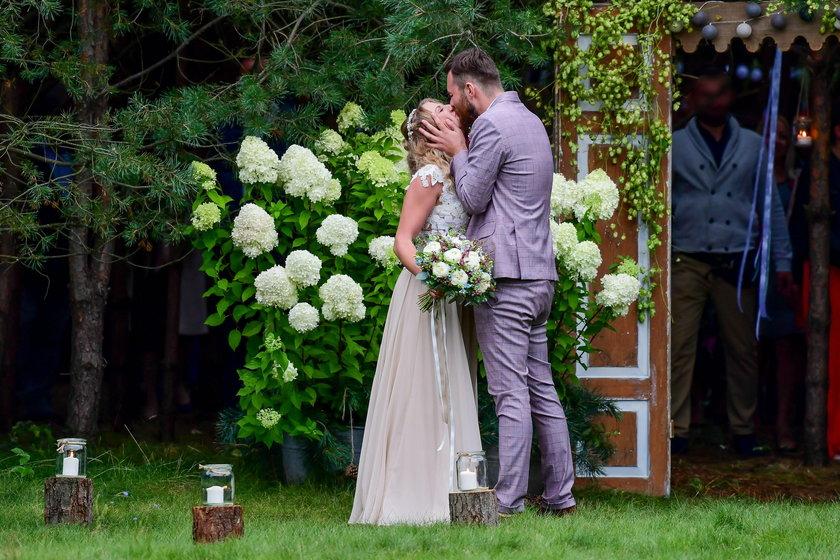 Ślub Lary Gessler i jej męża Pawła