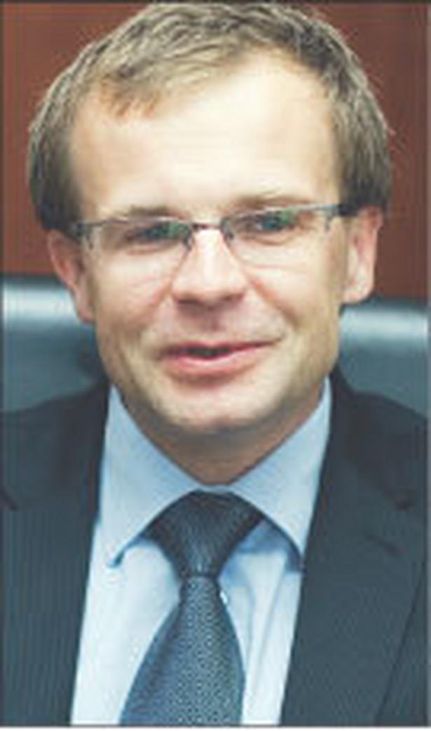 """""""Datę przyjęcia euro podamy w momencie, kiedy będzie ona możliwa do określenia w sposób wiarygodny"""" - powiedział Kotecki. Fot. DGP"""