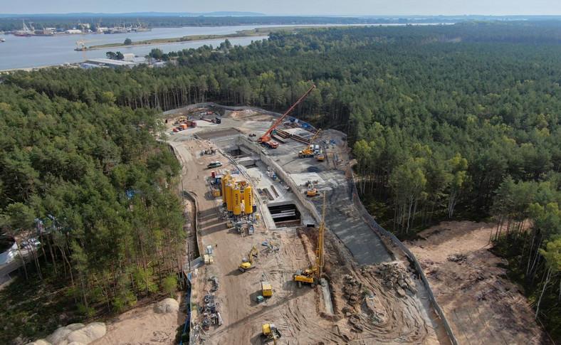 Budowa komory startowej na wyspie Uznam