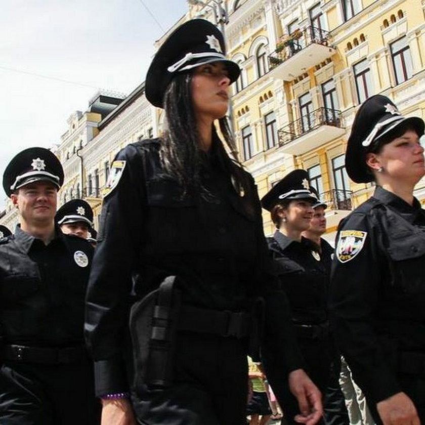 Ukraińska milicja zamieniła się na policję
