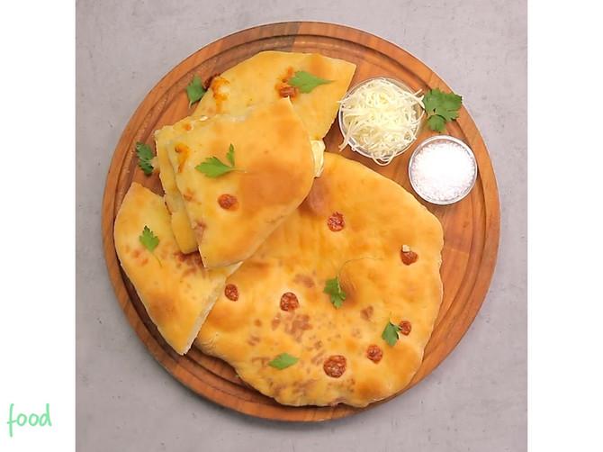 Khachapuri: Gruzijski HLEB sa sirom je TOLIKO DOBAR da ćete ga stalno praviti!