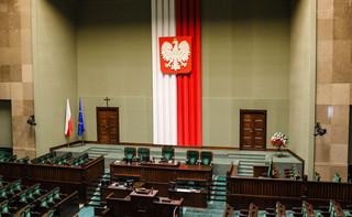 Cały Sejm 'za' ustawą wprowadzającą 'mały ZUS plus'