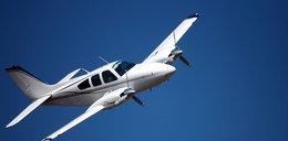 Awaryjne lądowanie awionetki. Pilot w ciężkim stanie!