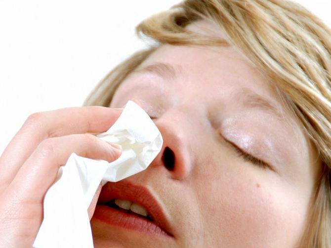 Kada nos krvari, svi rade ovo: A ni ne slute kakve posledice mogu da nastanu!
