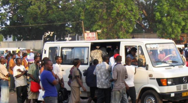Akufo-Addo clears trotros, taxis to begin loading full capacity