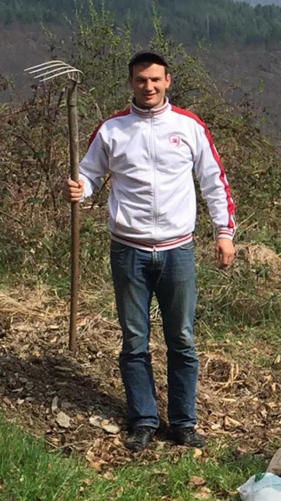 Vladimir Pušonjić skuplja smeće