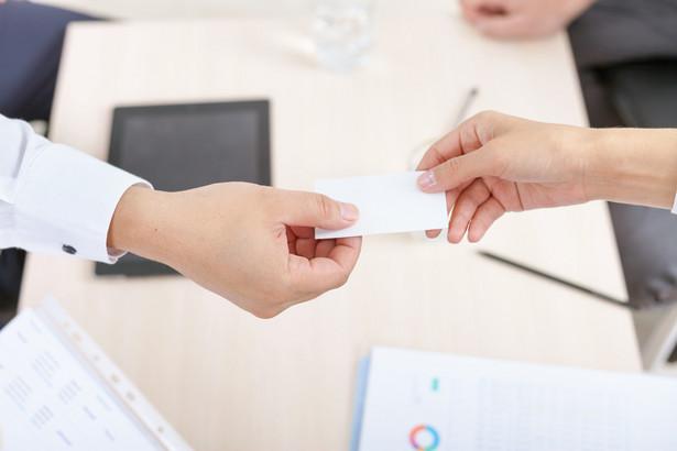 Pierwsza faza wdrażania w Polsce nowego systemu gromadzenia oszczędności, tj. pracowniczych planów kapitałowych (PPK), już za nami. Do tej pory firmy skupiały się w głównej mierze na zaplanowaniu procesu wdrażania u siebie PPK i terminowym jego przeprowadzeniu.