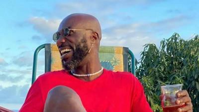 I paint my nails so that I don't bite them - Kwabena Kwabena on his recent fashion sense